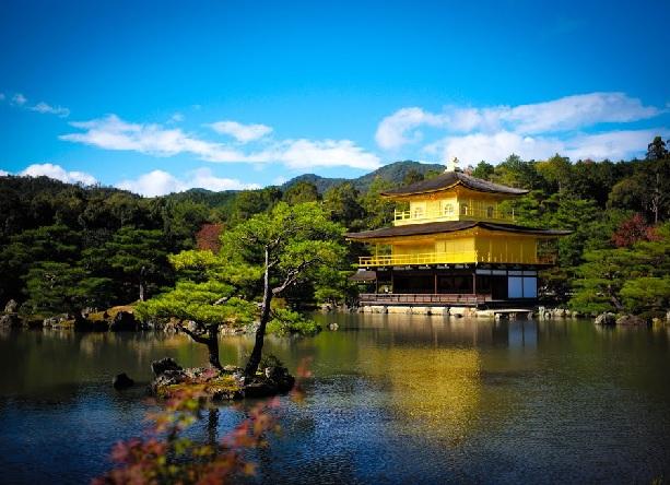 golden-pavilion-temple_japan-tourist-places