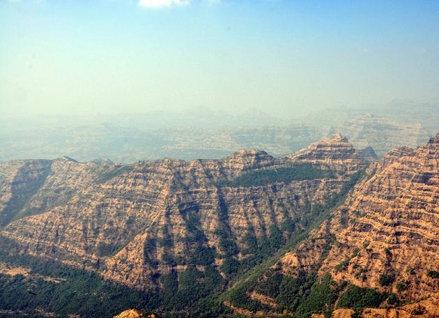 helens-point_mahabaleshwar-tourist-places
