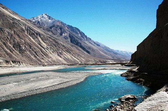 Honeymoon Places in Kashmir-Shyok River