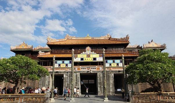 hue-monuments_vietnam-tourist-places