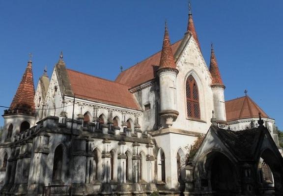indore-white-church_indore-tourist-places