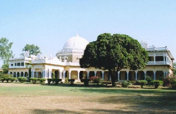 kawardha-palace_chhattisgarh-tourist-places