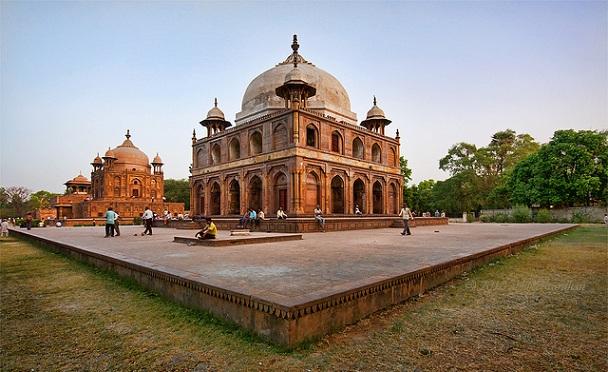 khusro-bagh_uttar-pradesh-tourist-places