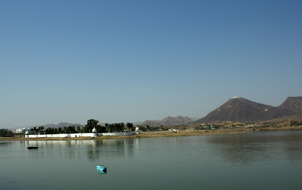 lake-fatehsagar_udaipur-tourist-places