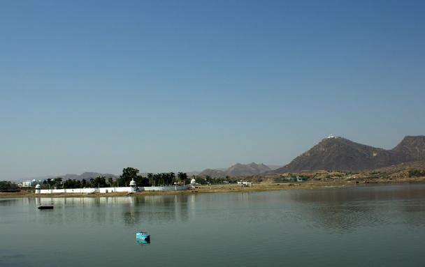 lake-fatehsagar_udaipur-tourist-places