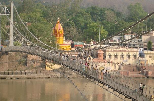 lakshman-jhula_rishikesh-tourist-places