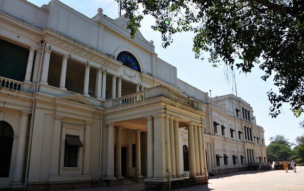 lal-bagh-palace_indore-tourist-places