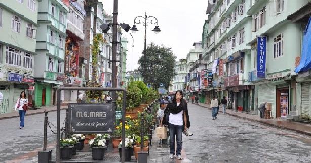 m-g-marg-market_sikkim-tourist-places