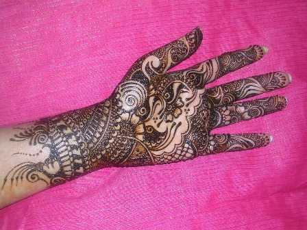 Traditional Mehndi Designs for Hands