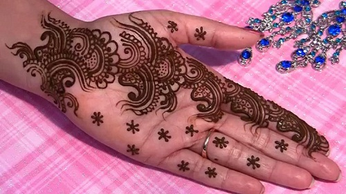 Mehndi Designs for Hands 34