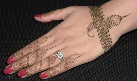 Mehndi Designs for Hands 36