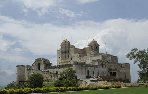 monsoon-palace_udaipur-tourist-places