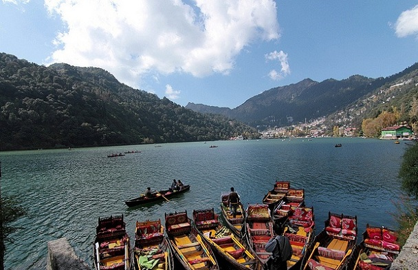 nainital-lake_uttarakhand-tourist-places