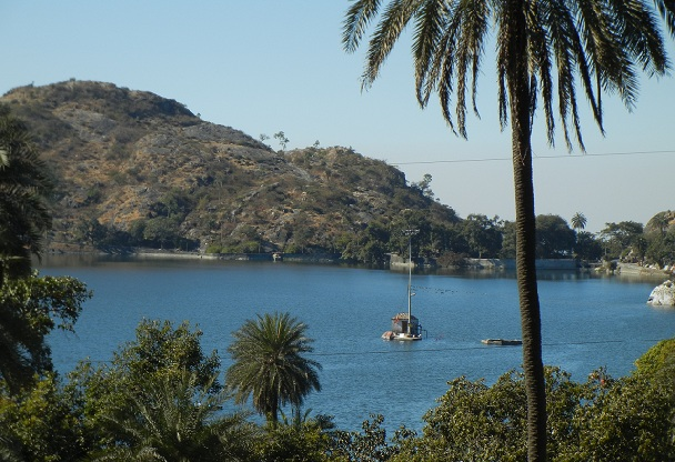 nakki-lake_mount-abu-tourist-places