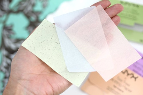 Natural Homemade Beauty Tips For Oily Skin blotting paper