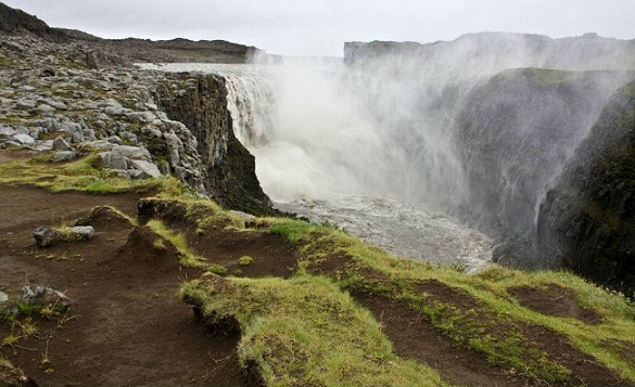 Natural Waterfalls-Dettifoss Falls