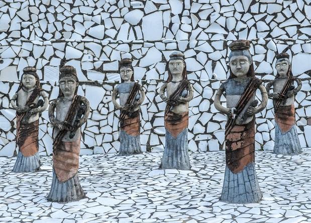 nek-chands-rock-garden_chandigarh-tourist-places