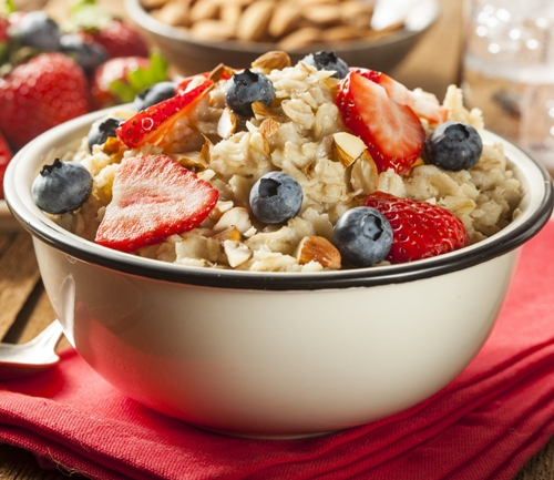 Oatmeal Diet Recipe with Berryes