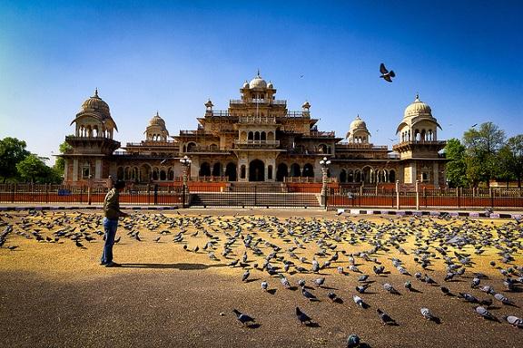 parks-in-jaipur-ram-niwas-garden