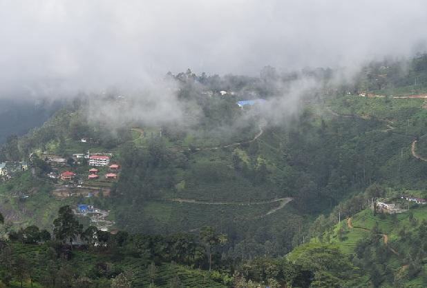 pothamedu-viewpoint_munnar-tourist-places
