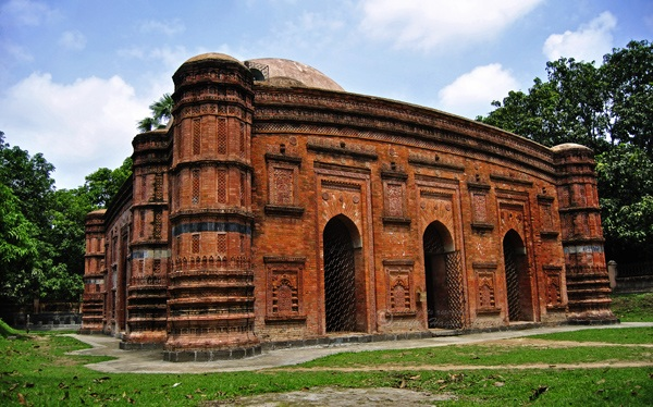 bangladesh places to visit If you are going to visit chittagong, an exciting journey waits for you chittagong is bangladesh's second largest as well as the main port city.