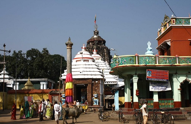 sakshi-gopal-temple_puri-tourist-places