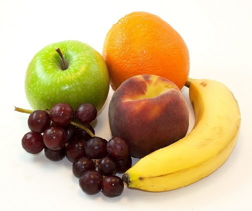 Simple Homemade Beauty Tips for Dull Skin-Eating Fruits