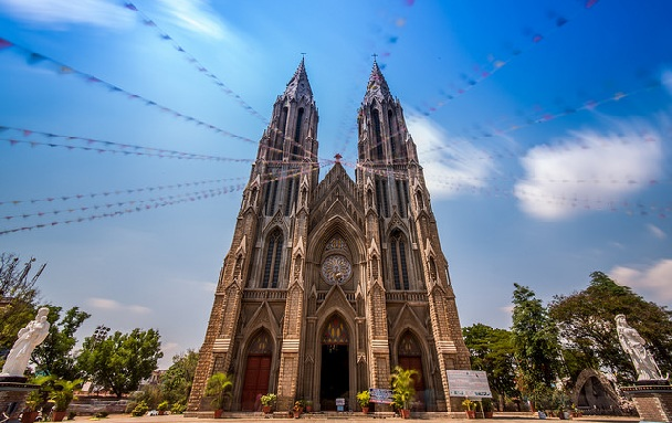 st-philomenas-church_mysore-tourist-places