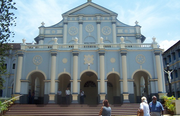 st-aloysius-church_mangalore-tourist-places