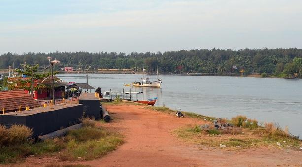 sultan-battery-beach_mangalore-tourist-places