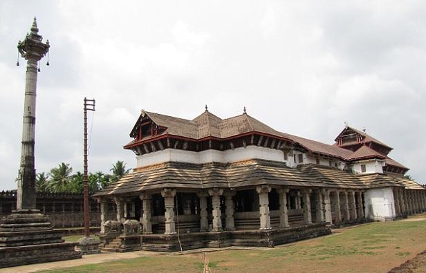 thousand-pillars-jain-temple_mangalore-tourist-places