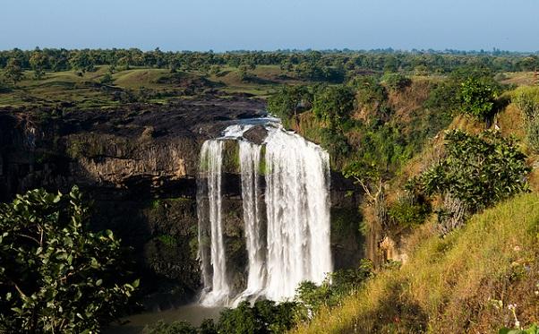 tincha-falls_indore-tourist-places