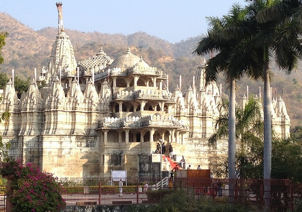 vimala-vasahi-temple_mount-abu-tourist-places