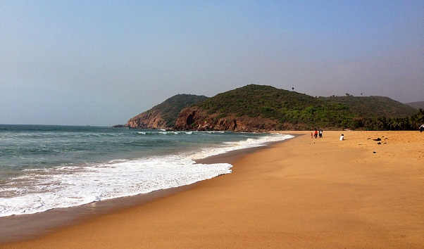 yarada-beach_vizag-tourist-places