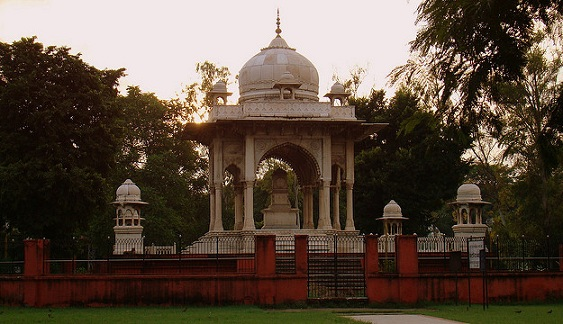 parks-in-lucknow-begum-hazrat-mahal-park
