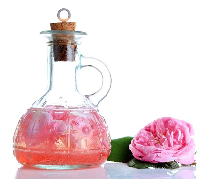 how to clear acne with rose water