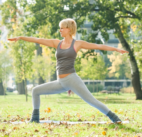 Entire Body Yoga Virabhadrasana (Warrior Pose)