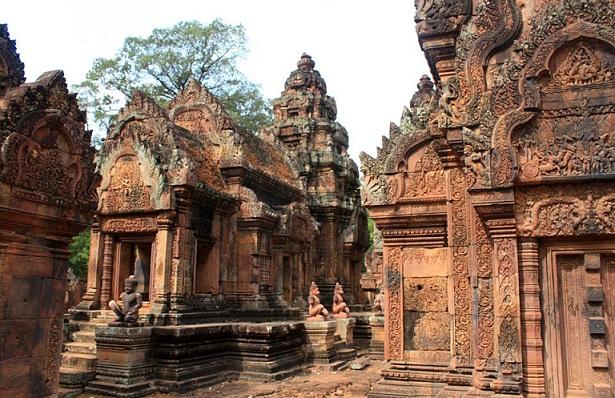 Banteay Srei_Cambodia Tourist Places