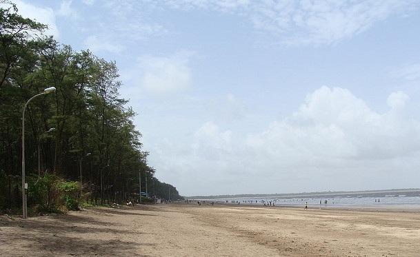 beaches-in-mumbai_devka-and-jampore-beach