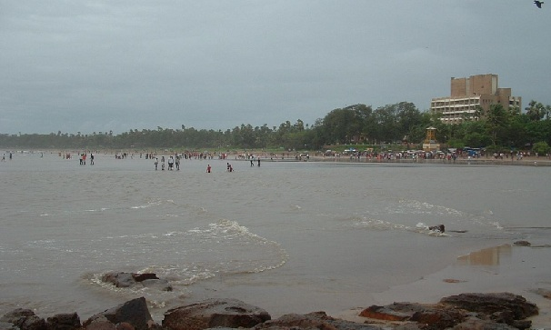 beaches-in-mumbai_madh-island-beach
