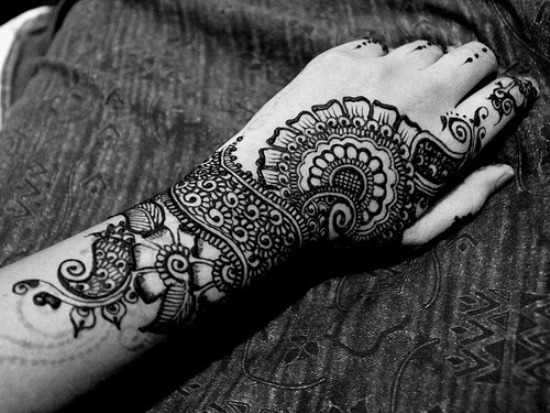 Forearm Black Mehndi Designs