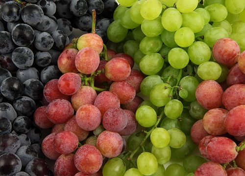 Fruits for Hair Growth - Grapes