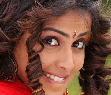 genelia d souza hairstyle - Hairstyles By Unixcode