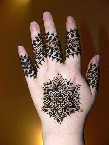 15 Cute And Easy Black Mehndi Designs With Photos Styles At Life