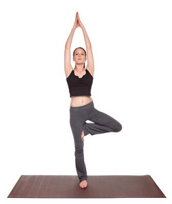 For The Tree Pose Stand Straight And Keep Your Arms By Side Lift One Leg Up Rest It On Ankle Make Sure You Never Knee