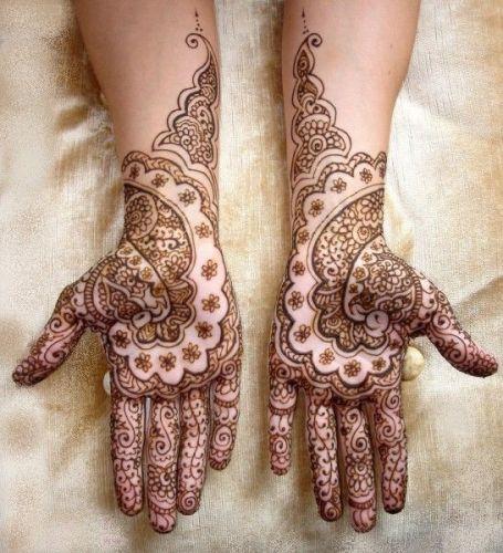 Simple Flower Mehndi Design for Hands