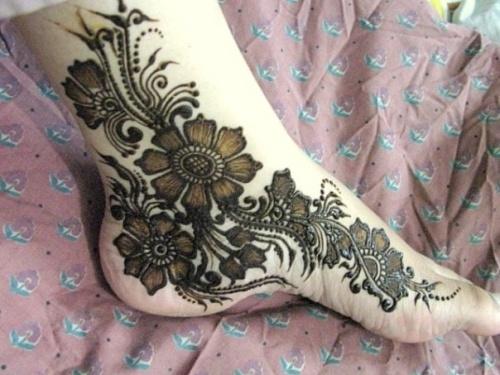 Flower Mehndi Designs 8
