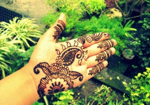 Flower Mehndi Designs 9
