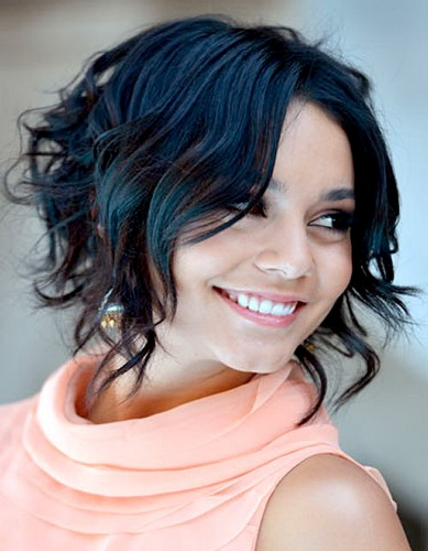 9 latest short curly hairstyles for women styles at life bob cut has been in fashion since a long time and will continue to remain so this a line cut with wavy curls makes the hair look very voluminous and never urmus Gallery