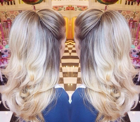 blonde-hairstyles-bouncy-highlight-blonde-waves